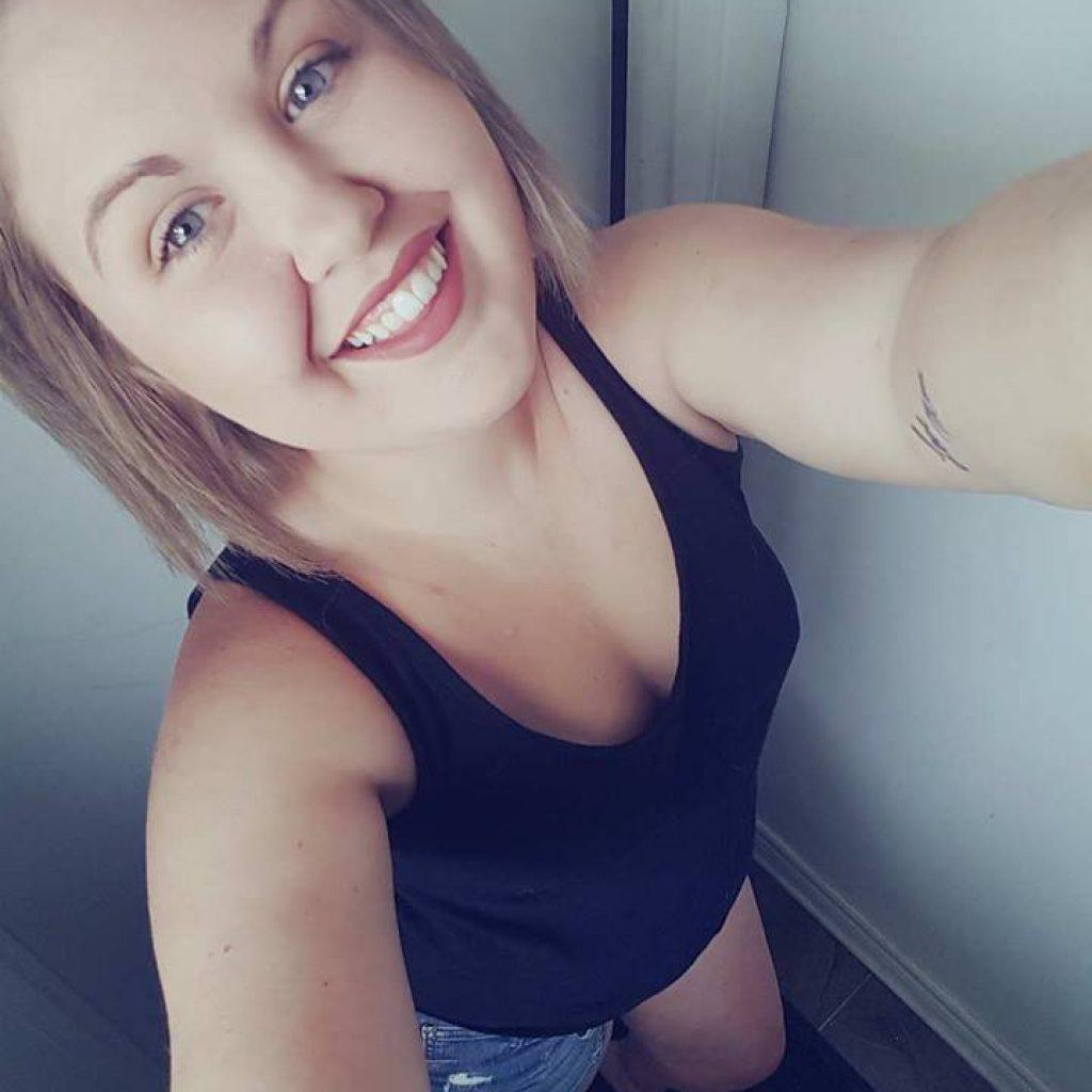 Lindsey - Hair Stylist (AVEDA)
